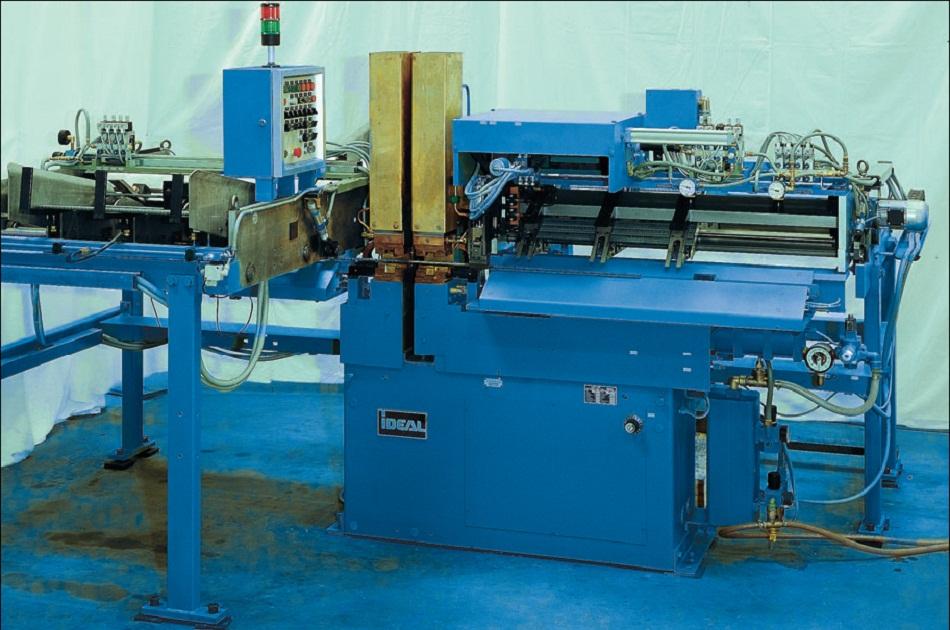 машина стыковой сварки оплавлением для анкеров и закладных с автоматической подачей деталей